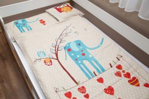Lenny Lion Hearts Woven Wrap Baby Duvet Set